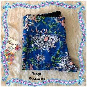 LuLaRoe Jade Cropped Floral Workout Pants